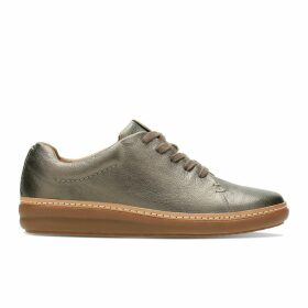 Amberlee Crest Leather Trainers