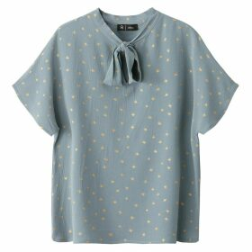 Star Print Blouse with Pussy Bow
