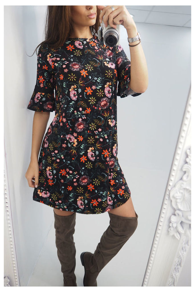 Fariah floral flared sleeve shift dress