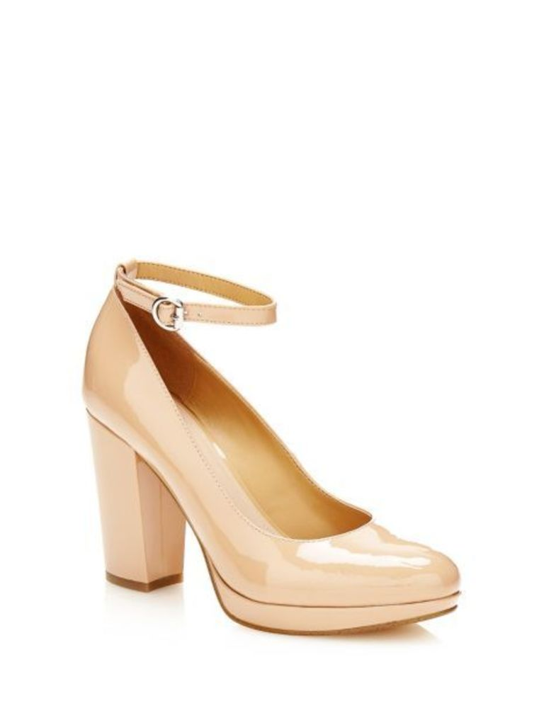 Guess Beal Patent Court Shoe