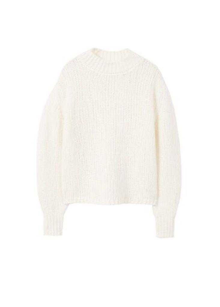 High collar wool sweater