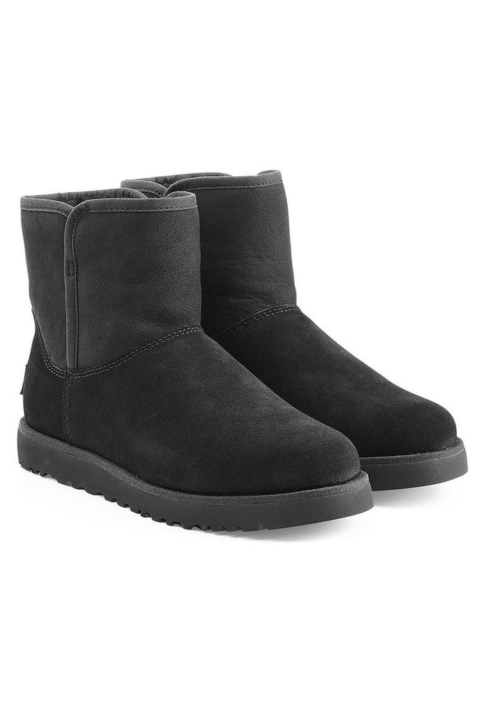 UGG Australia Shearling Lined Ankle Boots