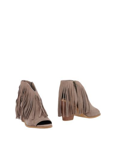 STEVE MADDEN FOOTWEAR Ankle boots Women on YOOX.COM
