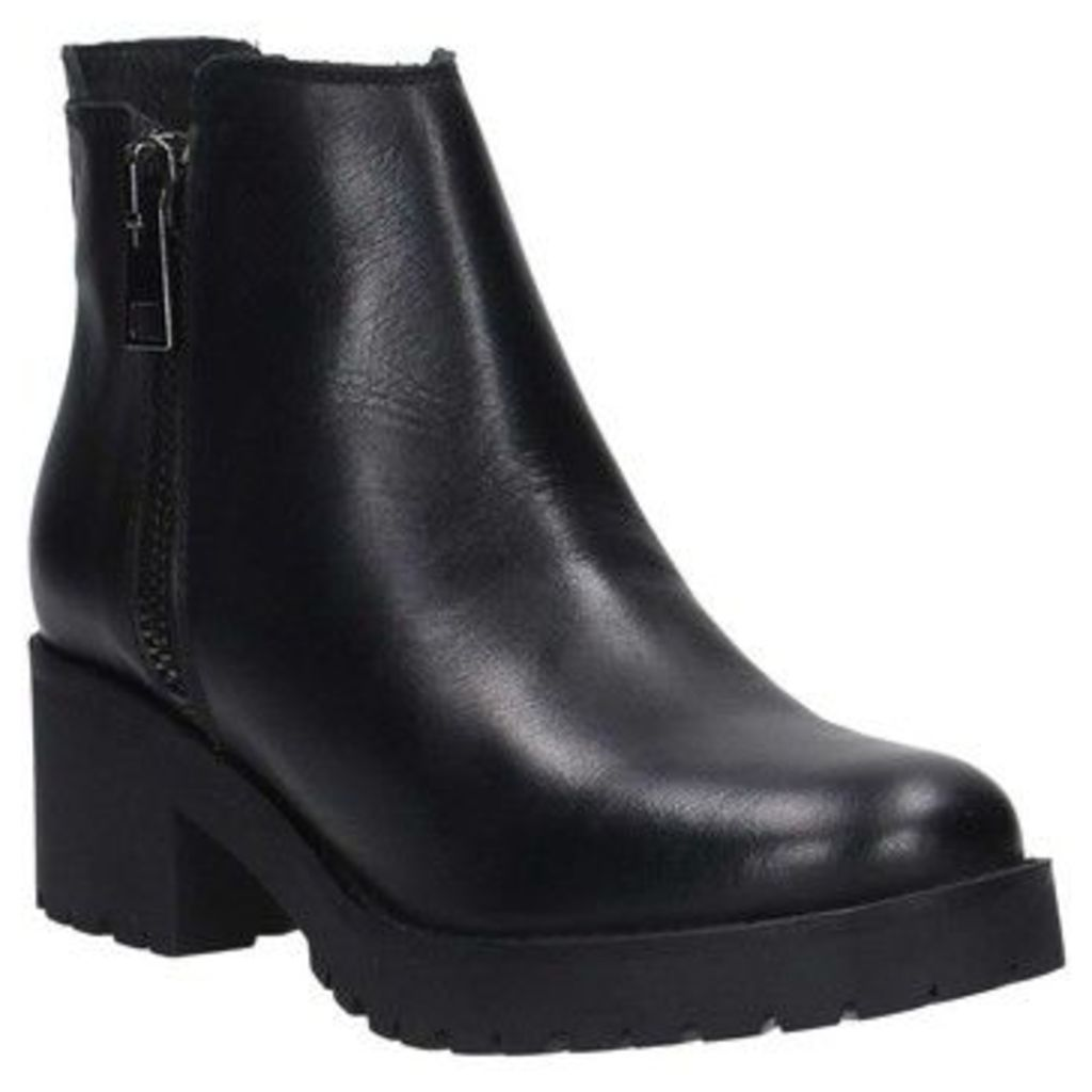 Brigitte  4441113 Ankle Boots  women's Low Ankle Boots in Black