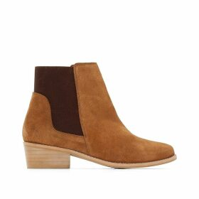 Wide-Fit Suede Boots with Elastic Panels