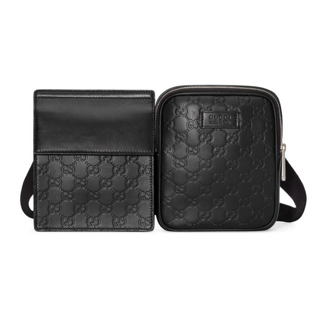 Gucci Signature belt bag