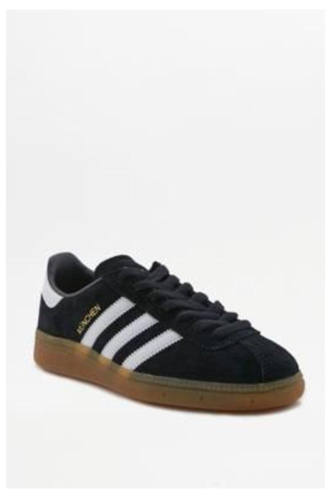 adidas Originals Munchen Black Gumsole Trainers, Black