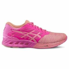 Asics  Fuzex  women's Running Trainers in Pink