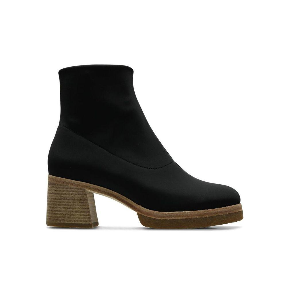 Nadia Boot