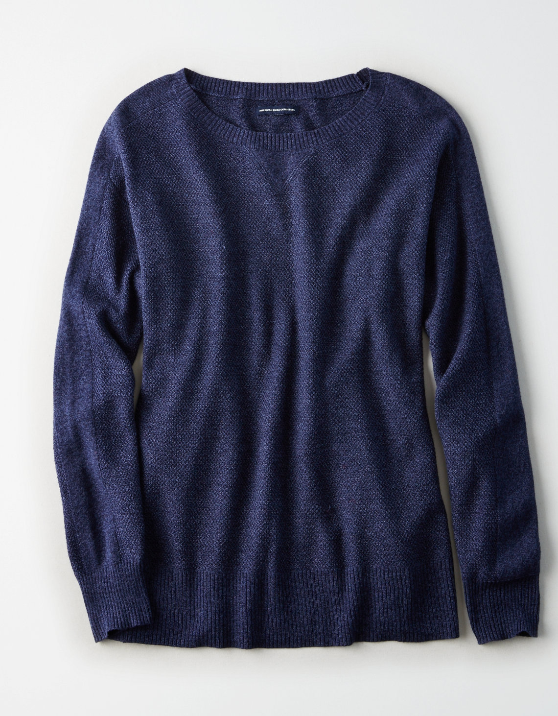 AE Layer-Perfect Lightweight Sweater