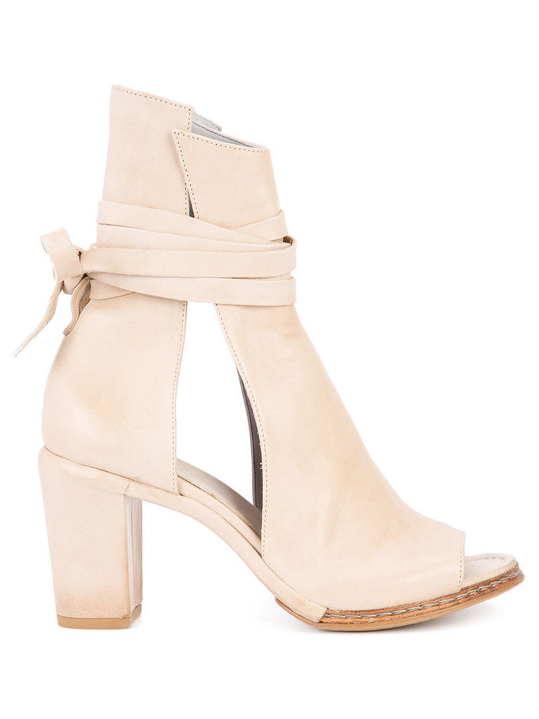 Measponte - cut out boots - women - Leather/Horse Leather - 41, Nude/Neutrals
