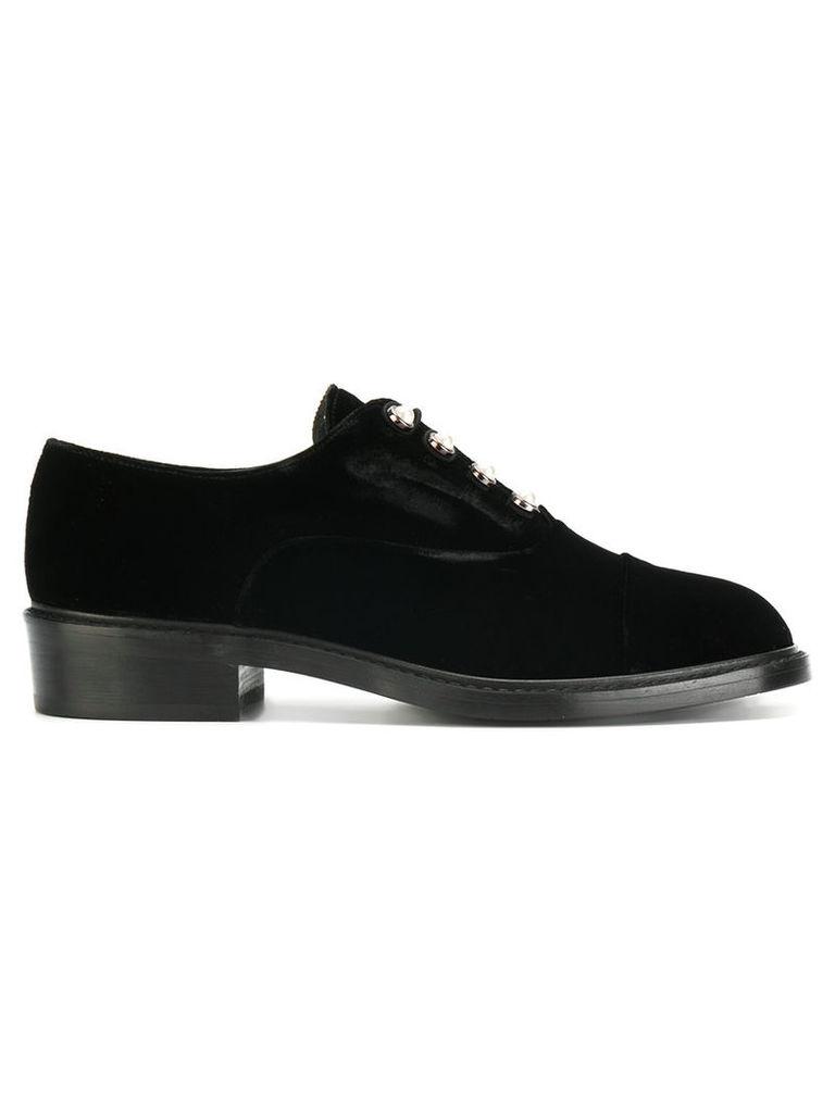 Stuart Weitzman - Mrs. Pats pearl-embellished oxford shoes - women - Velvet/Leather/rubber - 37, Black