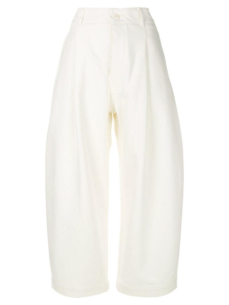 Studio Nicholson - cropped balloon trousers - women - Cotton - 3, White