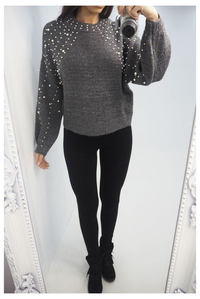 Kammy Pearl Detailed Knitted Jumper