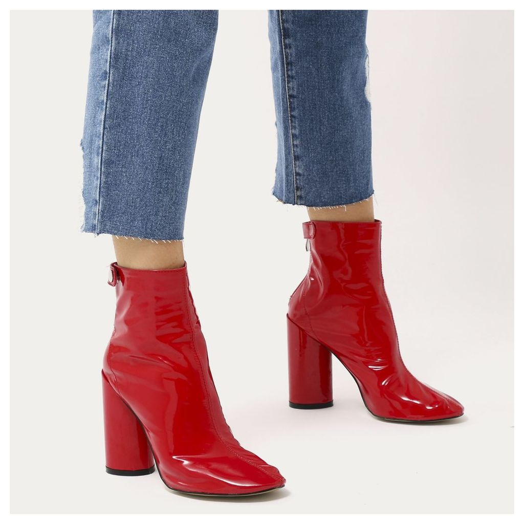 Lia Round Heel Ankle Boots  Patent, Red