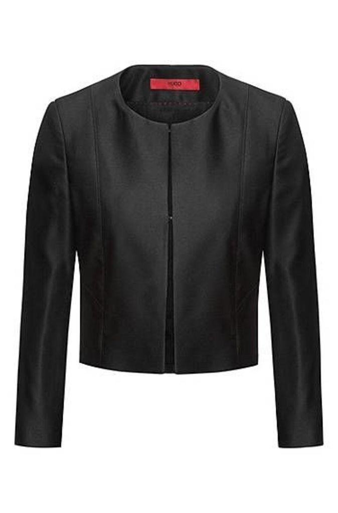 Sleek regular-fit cropped jacket with hook-and-eye closure