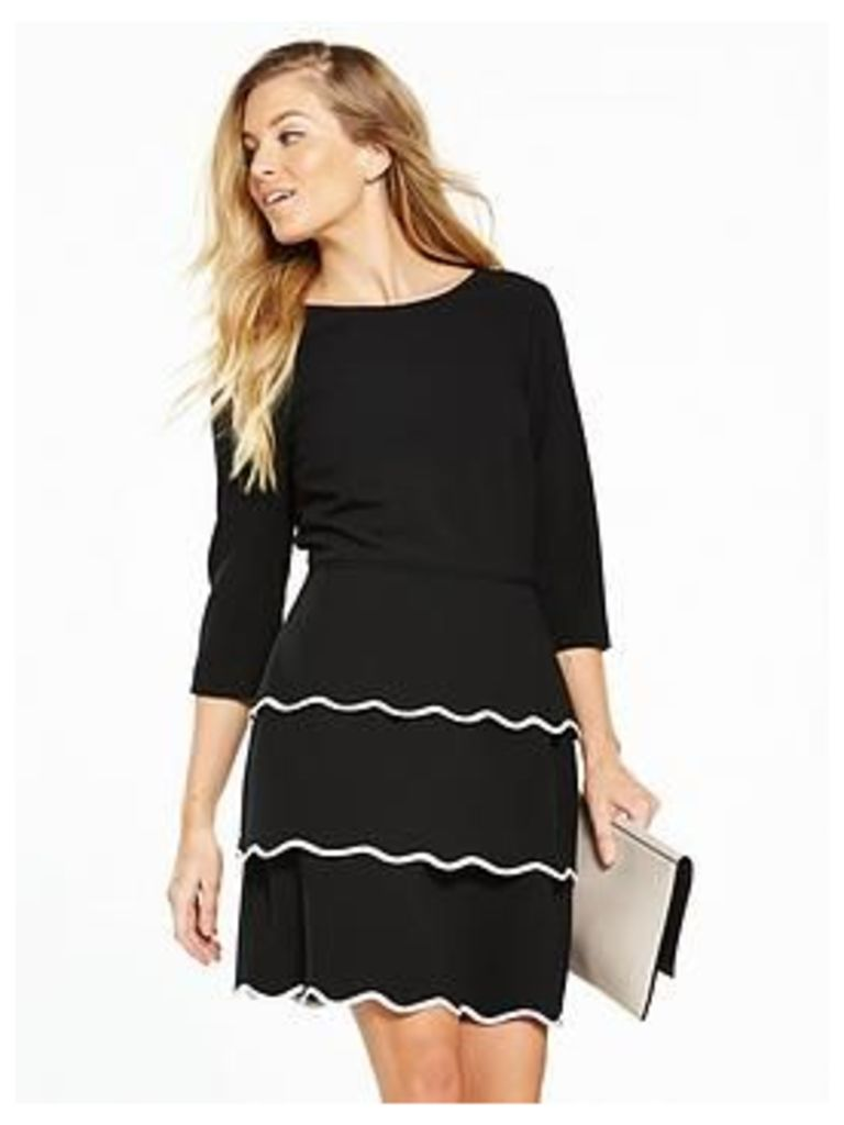 V By Very Scallop Tiered Dress