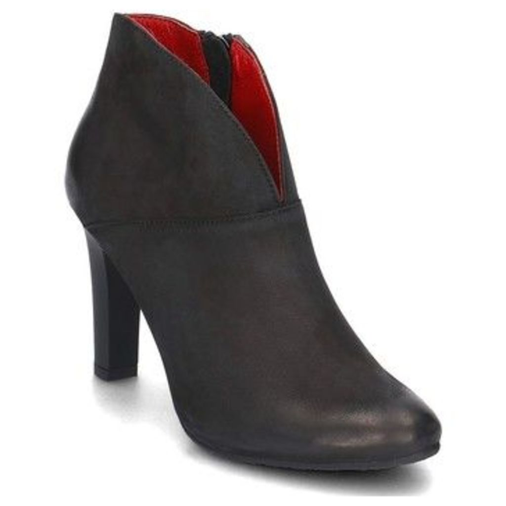 Carinii  B3615O360000PSKA92  women's Low Ankle Boots in Black