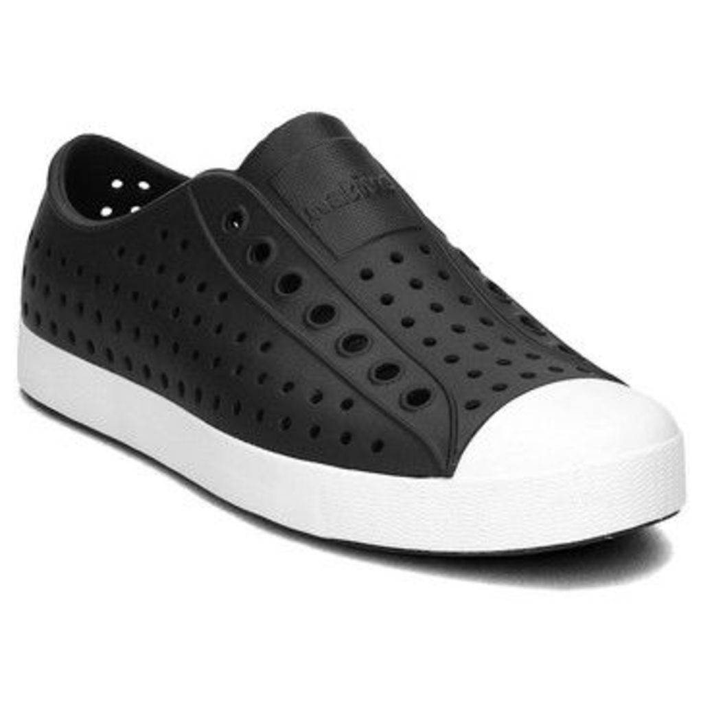 Native  Jefferson  women's Shoes (Trainers) in Black
