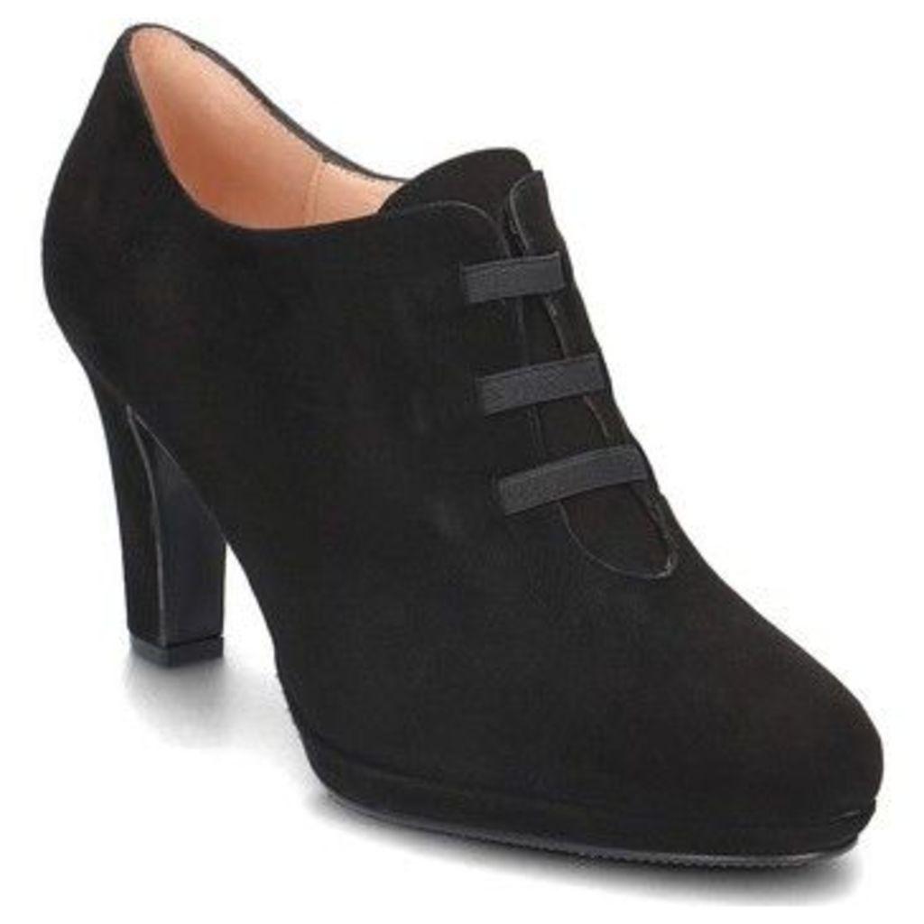 Brenda Zaro  Granada  women's Low Boots in Black