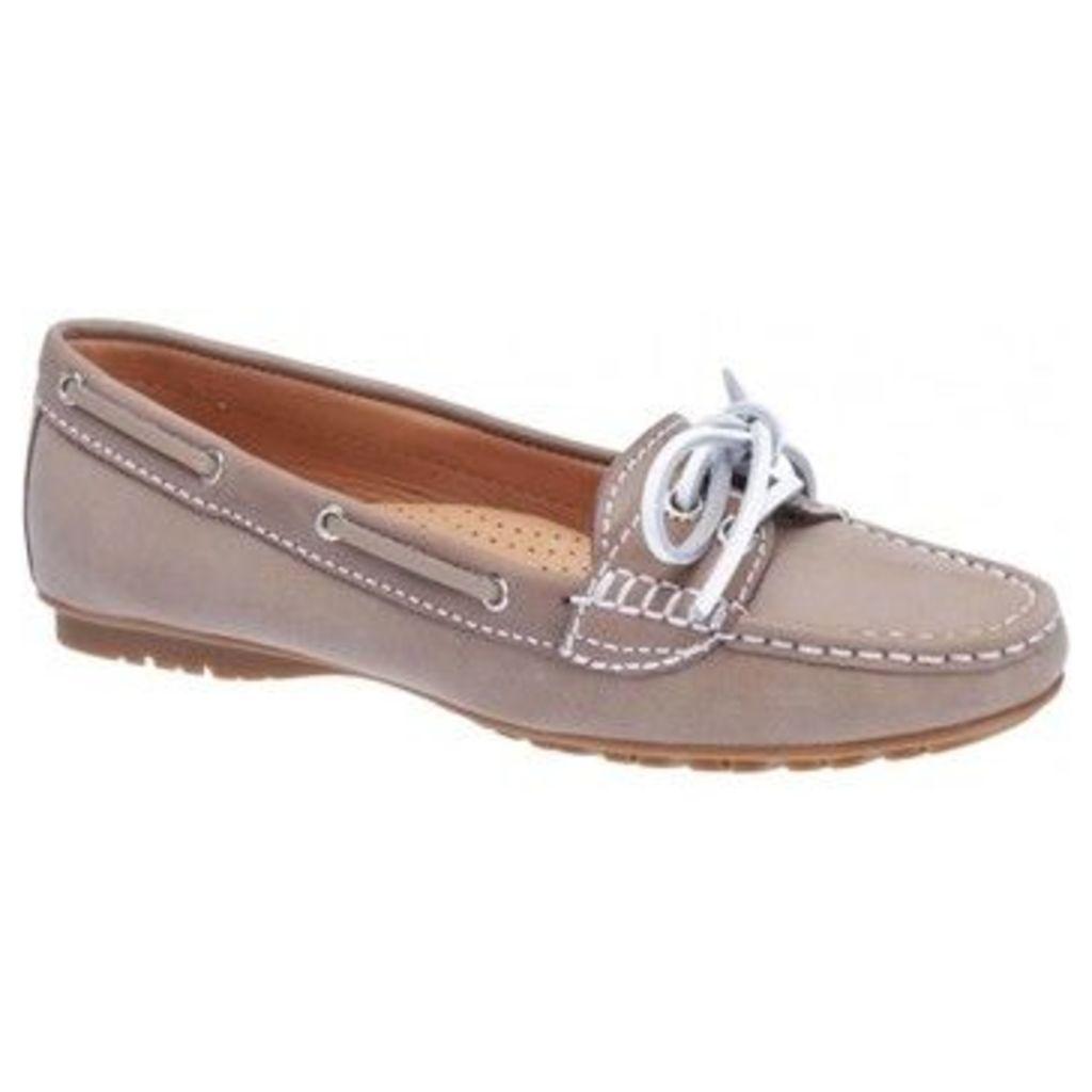 Sebago  Meriden Two Eye Ladies Shoe  women's Loafers / Casual Shoes in Beige