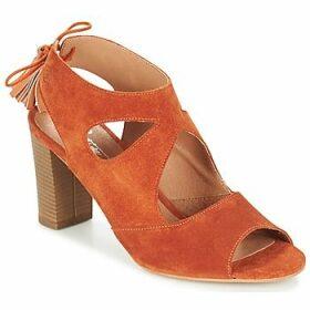Betty London  GARMER  women's Sandals in Orange
