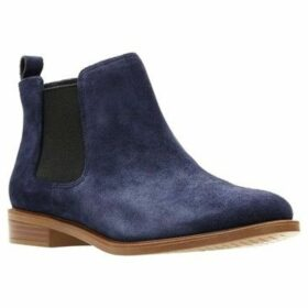 Clarks  Taylor Shine Womens Wide Chelsea Boot  women's Low Ankle Boots in Blue