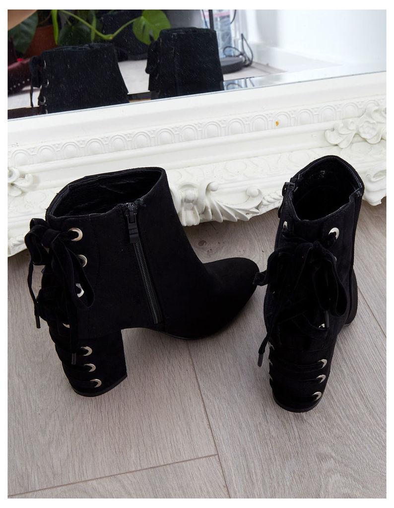 AMARIS - Velvet Ribbon Suede Black Ankle Boots