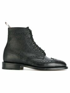 Thom Browne Wingtip Brogue Boot With Leather Sole In Black Pebble