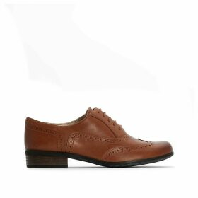 Leather Hamble Oak Brogues with Perforated Toe