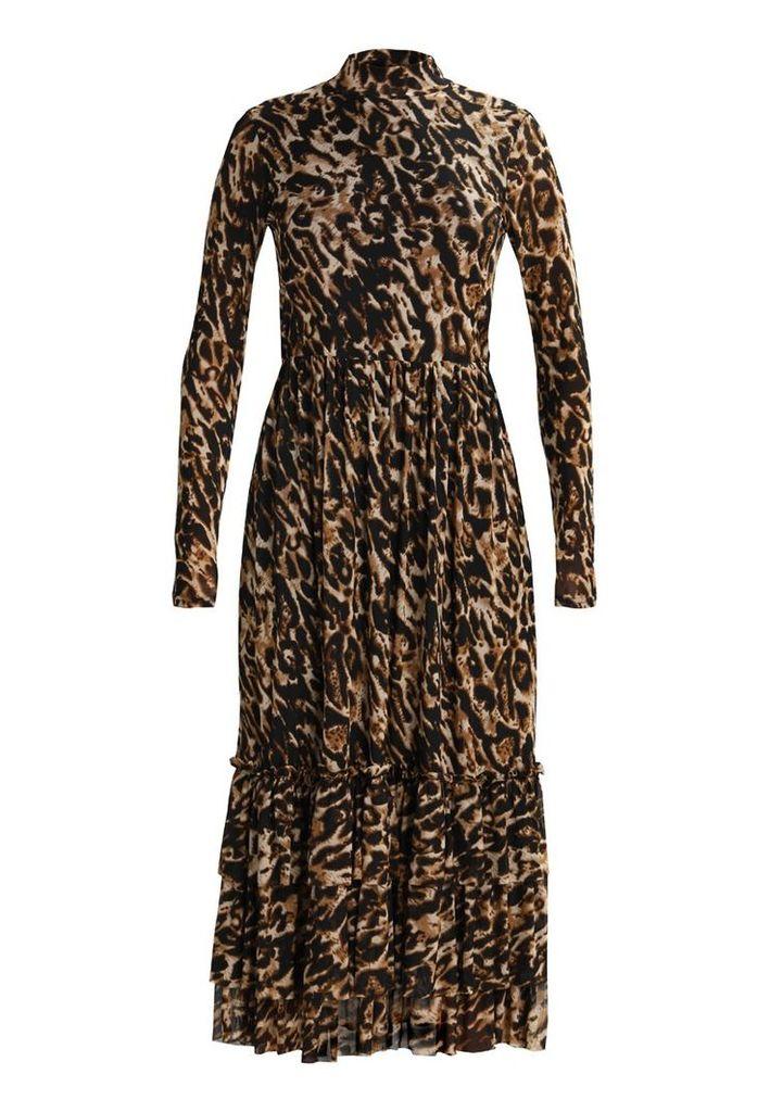 NAKD Maxi dress leoprint by NA-KD   Snap Fashion - Shop Fashion in a ... 4fcc2a4013