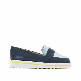 Two-tone loafers with wide feet