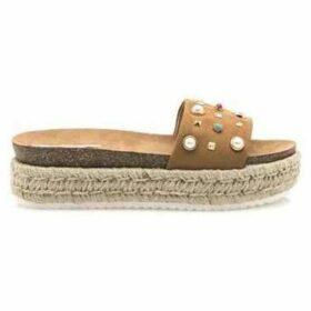 MTNG  SANDALIAS   MUJER 50252-C15217 MICROFIBRE TAN  women's Espadrilles / Casual Shoes in Brown