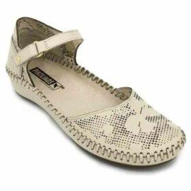 Pikolinos  P.Vallarta 655-0545 Sandals for Women  women's Sandals in White