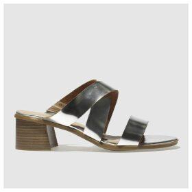 Schuh Silver Realness Low Heels
