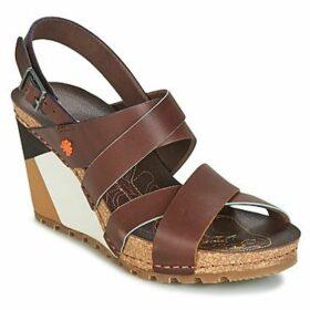 Art  GÜELL 1331  women's Sandals in Brown