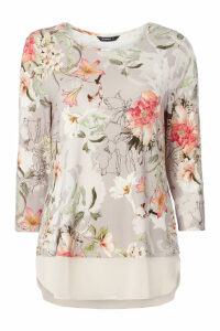 Botanical 3/4 Sleeve Chiffon Hem Top