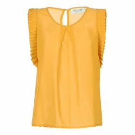 Molly Bracken  LADEORTE  women's Blouse in Yellow