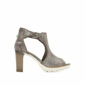 1213802 Sandals