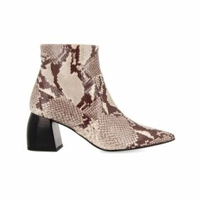 Carousel Jewels - Intricate Lemon Topaz Cocktail Ring