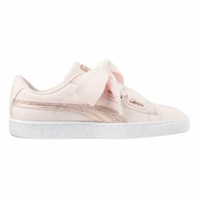 W Basket Heart Canvas Trainers