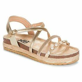 Xti  PREVAK  women's Sandals in Gold
