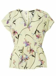 Womens **Vero Moda Lemon Print Wrap Top, Lemon