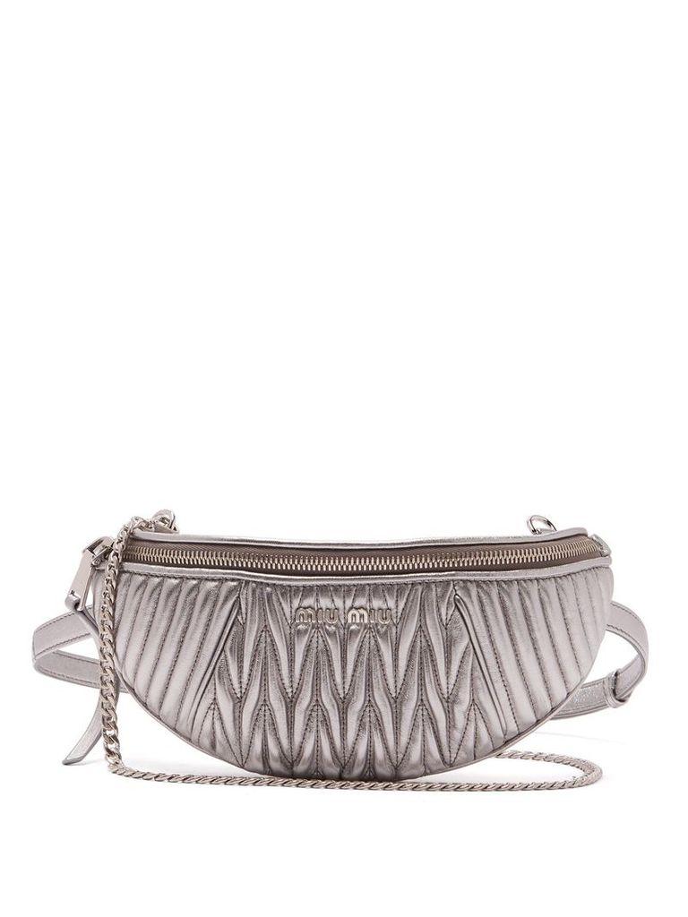 Matelassé-quilted leather belt bag