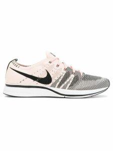 Nike Flyknit sneakers - PINK