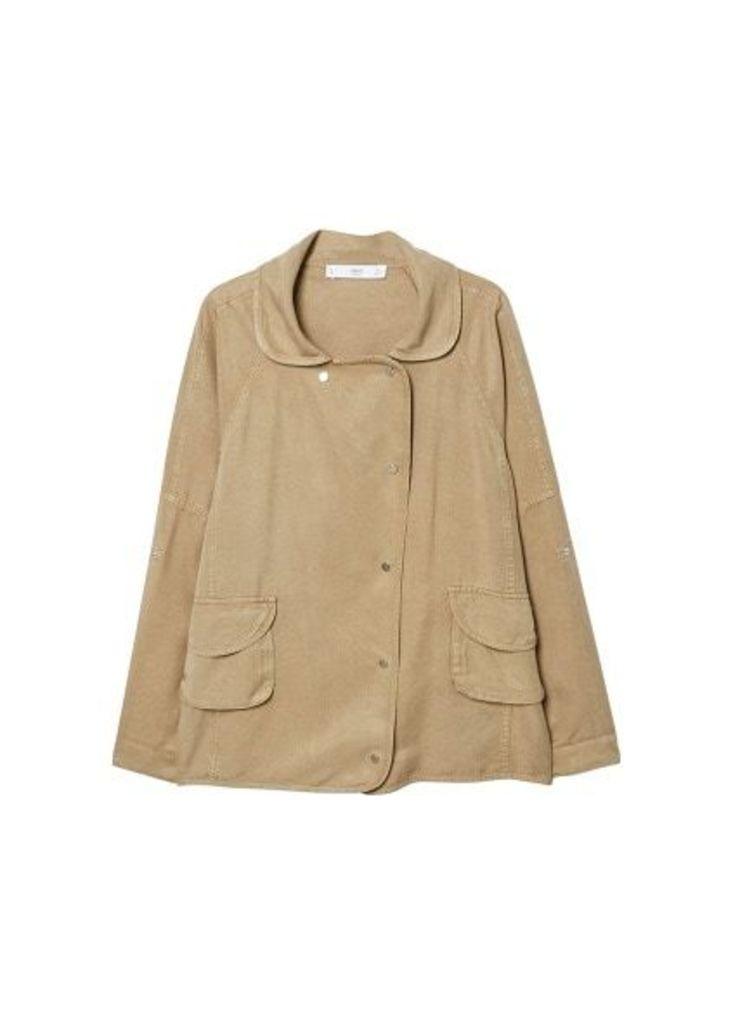 Pocketed soft fabric jacket
