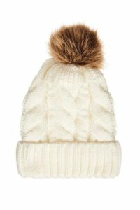 Quiz Cream Pom Cable Knit Hat