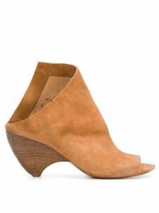Marsèll asymmetric ankle boots - NEUTRALS