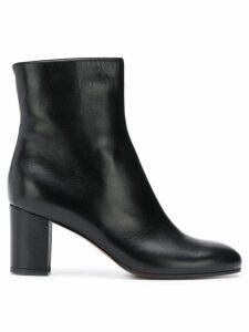 L'Autre Chose classic ankle boots - Black