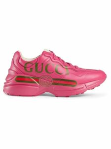 Gucci Rhyton Gucci logo leather sneaker - PINK